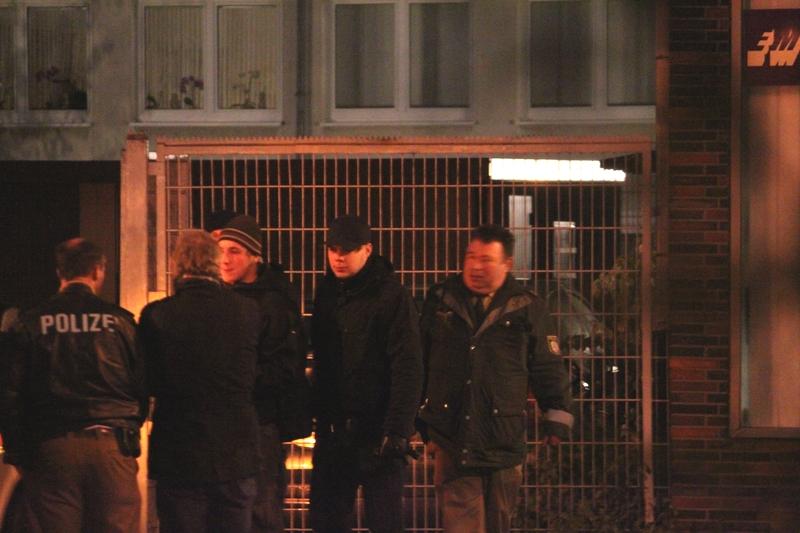 Lokale Neonazis im Schutze der Polizei